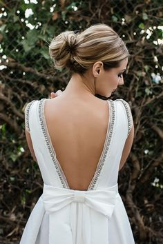 open back & bow