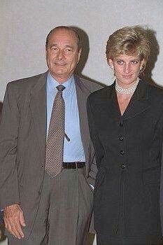 25 September 1995: Princess Diana attends the Cezanne Exhibition with French President Jacques Chirac & his wife