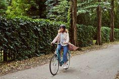 Selecionamos acessórios essenciais para sua bike disponíveis na Amazon (Foto: Getty Images) Bicycle, Lifestyle, Vehicles, Electric Push Bike, New Adventures, Bike, Bicycle Kick, Bicycles, Car