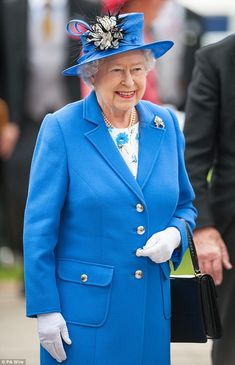 Queen Elizabeth II at Epsom Racecourse for the Derby (Sat 2/6/2012)