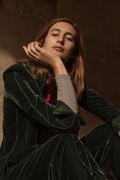 Appearing in the September 2017 issue of L'Officiel Paris, model Laetitia de Montalembert poses in fall style for the editorial. Photographed by Luc Coiffait… Laetitia, Victorian Women, Paris, Strike A Pose, Autumn Fashion, Women Wear, Officiel, Chic, My Style