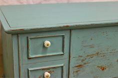"Laurel's Attic : The Most Adorable Cedar Chest - Homestead House ""Loyalist"" Milk Paint"