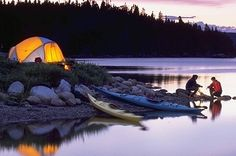 Camping Made Easy - Try These Proven Tips. Many people enjoy camping because it gives them the opportunity to relax and connect with nature. To go camping, a place and some information is all that i Camping And Hiking, Camping En Kayak, Canoe And Kayak, Kayak Fishing, Family Camping, Camping Ideas, Camping Hacks, Utah Camping, Backpacking
