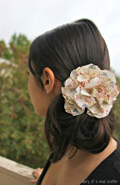 fabric flower DIY - easy flower pattern to make headbands with