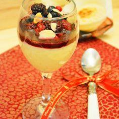 Arroz doce com calda de frutas vermelhas e vinho do Porto
