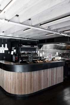 Dedicated to creating designer environments for their fast moving fare, the owners of Grill'd decided to lift the interior design credentials of the brand, enticing customers to linger longer at their flagship outlet in Flinders Lane.