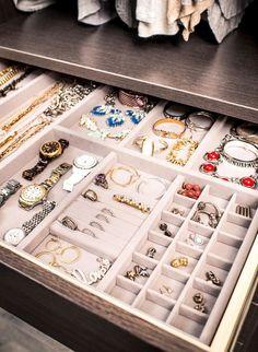 Schmuckschublade - Kleiderschrank ideen Jewelry drawer Jewelry drawer # jewelry drawer The post jewe Bedroom Closet Design, Closet Designs, Diy Bedroom, Bedroom Wardrobe, Wardrobe Closet, Master Bedrooms, Indian Bedroom Decor, Wardrobe Doors, Bedroom Designs