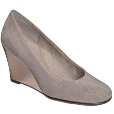 A Guide to Buying Aerosoles Womens Plum Tree Slip-On Shoes--Grey Fabric,7