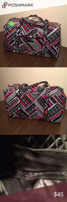 Vera a Bradley Northern Stripes Large Duffel NWT Vera Bradley Large Duffel NWT. It has long straps and a slip in pocket on the end. There is a zippered pocket on the front and three mesh pocket inside. Zippered closure. This comes from a smoke free and pet free home! Vera Bradley Bags Travel Bags