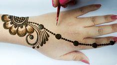 Easy Beautiful Mehndi Design - Stylish Mehndi design for hands step by s. Henna Tattoo Designs Simple, Mehndi Designs For Kids, Finger Henna Designs, Back Hand Mehndi Designs, Stylish Mehndi Designs, Mehndi Designs For Beginners, Mehndi Design Photos, Mehndi Designs For Fingers, Beautiful Mehndi Design