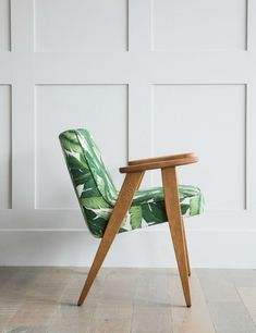 Jozef Chierowski 366 Easy Chair in Jungle Green