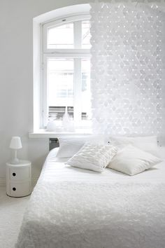 Bedroom curtain is made from stars, see the upper row of it! Brilliant idea! The site Scandinavian Deco is all about Nordic design and decorations.
