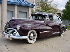 1946 Oldsmobile Model 78 purple cars, purple trucks, purple SUV, purple classic cars, purple muscle cars All Cars, Used Cars, Trucks, All Things Purple, Buick, American, Cadillac, Muscle Cars, Vintage Cars