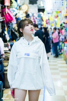Kpop Girl Groups, Korean Girl Groups, Kpop Girls, Shinjuku Japan, G Gallery, Cloud Dancer, Mixed Girls, Channel, G Friend