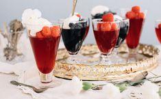 Little Homemade Jello Pots with Crème Fraîche - Patience Fruit & Co Homemade Jello, Dessert Aux Fruits, Grape Juice, Easy Family Meals, 100 Pure, Cooking Time, Fresh Fruit, Voici, Creme