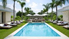 Blue Diamond Riviera Maya: Take your pick between the two oceanfront pools �one for laps, one for lounging.