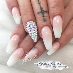 Ombre Coffin Nails with Rhinestones #ombrenails #coffinnails