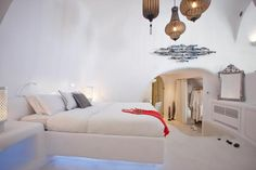 Not sure, where to stay in Santorini? Check these 10 stunning hotels and find the best place to stay in Santorini for your romantic getaway! Dana Villas Santorini, Santorini Hotels, Santorini Greece, Mykonos, Honeymoon Suite, Best Hotels, Amazing Hotels, Comfy Bed, White Bedroom