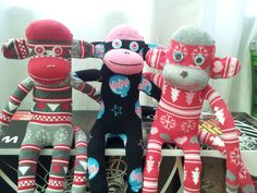 Sock Monkeys i made for Christmas presents this year. Hope none of the recipients see them before the big day!