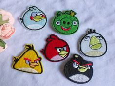 Hey, I found this really awesome Etsy listing at http://www.etsy.com/listing/153500632/6pcsset-angry-birds-embroidered-patches