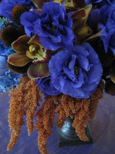 droopy amaranthus with lisianthus for centerpieces