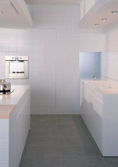 Product: wall tiles ONLY WHITE, setting: kitchen