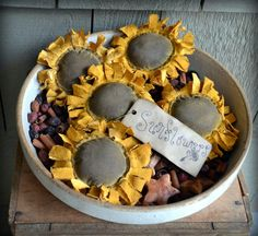 Sunflower Bowl Fillers Rustic Flower Decorations Primitive Floral Stash Abouts Summer Home Decor via Etsy Sunflower Home Decor, Sunflower Crafts, Summer Crafts, Fall Crafts, Halloween Crafts, Halloween Door, Holiday Crafts, Diy Crafts, Primitive Fall