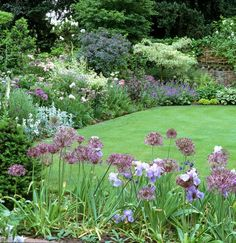Perfect English border gardens