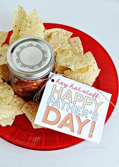 Printable Father's Day Tags  - Salsa and chips gift idea for father's day. This is something you can give your husband for Father's day.