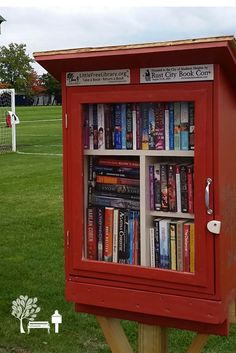 Jackie M. Madison Heights, MI. The first established Free Little Library in Madison Heights, Michigan, was donated by the Rust City Book Convention (www.rustcitybookcon.com). Books for the library were donated by the attendees of #RustCity16 book signing.