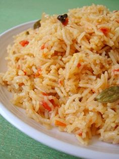 One pot dishes are my quick fix meals on busy days. I made Tomato rice today. Simple recipe with minimal spices. The sweet tart juices of tomato are beautifully absorbed by the rice yielding a subtly spiced dish that was well-loved by my family. Use nice red juicy tomatoes when trying this recipe.