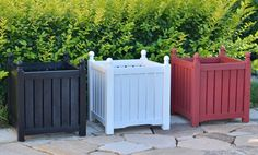 Lexington wooden planter boxes cover 14inch, 16inch, 20inch, 24inch and 28inch ones. Finish of the planters can be painted, stained, flame burned and unfinished. For paint and stain finish ones, they can be different colors. Raised bottom keep planter from wet. Plastic pad on each leg protect wooden flooring from scratching by planters. Flat pack design, easy to set up and disassemble, save place when in storage.