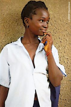 In Mozambique, every second girl is married before the age of 18 (52%, MICS 2008) and 18% of girls are married before the age of 15 years (MICS 2008).