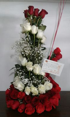 Amor y Amistad - Avada Lifestyle Gladiolus Arrangements, Church Flower Arrangements, Funeral Arrangements, Church Wedding Flowers, Corporate Flowers, Victorian Flowers, Luxury Flowers, Decoration Table, Flower Decorations