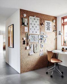 Korkowa ściana w domu – pomysłowo i praktycznie
