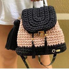 Knit Crochet, Crochet Hats, Diy Purse, Fashion Sketchbook, Fashion Show, Beanie, Purses, Knitting, Crafts