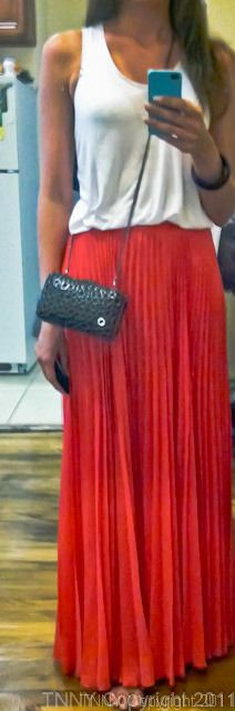 elegant up to Bottom maxi skirt with top!!