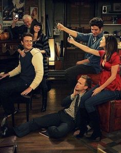 One of my favorite scenes ever. ( Jason Segel & Neil Patrick Harris slay the song 😍) Ted And Robin, Barney And Robin, How I Met Your Mother, Breaking Bad, I Meet You, Told You So, Ted Mosby, Cinema Tv, Himym