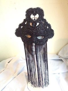 'Branwen' black beaded mask by Creations by Liv Free
