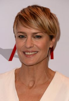 Robin Wright Penn Side Parted Straight Cut - Short Hairstyles Lookbook - StyleBistro