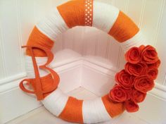 UT wreath!   Get your own yarn wreath for your favorite team!    facebook.com/copelandcrafts