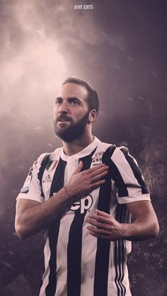GONZALO HIGUAIN https://plus.google.com/u/0/communities/104886969115782683061 #JFCC JUVENTUS FOOTBALL CLUB COMMUNITY