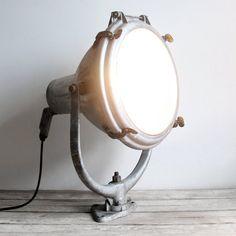 Boat-esque lamp
