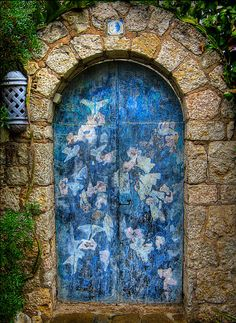 30 Beautiful Doors That Seem To Lead To Other Worlds | Bored Panda