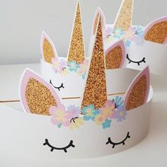 Unicorn Party: Check out Decorating Ideas for Your Event - Hanna party - Festa Kids Crafts, Preschool Crafts, Diy And Crafts, Unicorn Birthday Parties, Birthday Party Decorations, Girl Birthday, Unicorn Party Hats, Birthday Ideas, Paper Crowns