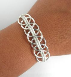 FREE SHIPPING-Silver Interlocking Circle by MarisaDianeDesigns
