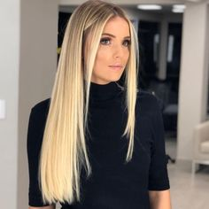 Golden Blonde Balayage for Straight Hair - Honey Blonde Hair Inspiration - The Trending Hairstyle Medium Blonde Hair, Honey Blonde Hair, Blonde Hair Looks, Long Blond Hair, Natural Hair Styles, Long Hair Styles, Trending Hairstyles, Blonde Balayage, Balayage Hairstyle