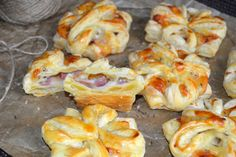 DSC_0614 Puff Pastry Recipes, Shrimp, Bacon, Cooking Recipes, Snacks, Cookies, Meat, Food, Salads