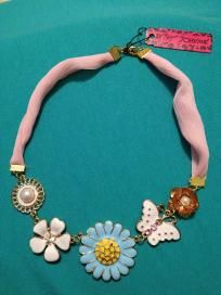 """Betsey Johnson pink chiffon """"flowers and butterfly drill pearl"""" necklace"""