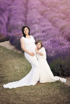 Jak zrobić dobrą sesję ciążową? | MajciaKombinuje.pl - parentingowy blog biznesmamy Formal Dresses, Wedding Dresses, Mermaid, Blog, Photos, Fashion, Dresses For Formal, Bride Dresses, Moda